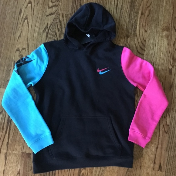 NIKE CITY BRIGHTS PULLOVER HOODIE NWT Boutique